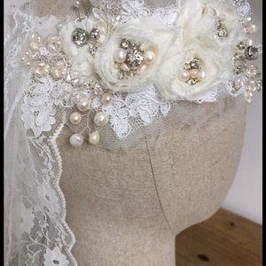 Bridal hair adornment
